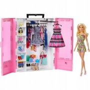 Кукла Barbie и модный шкаф с одеждой